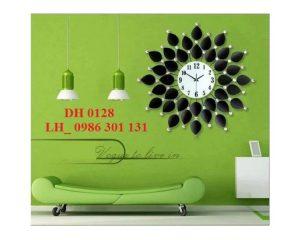 Đồng-hồ-treo-tường-nghệ-thuât-DH0128-kt.-70x70